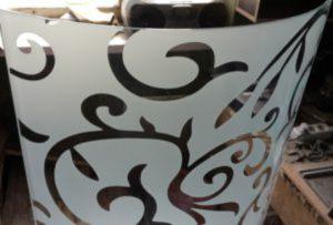 Стекло радиусное с пескоструйным рисунком для радиусных дверей Химки