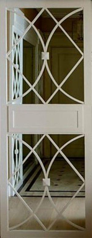 Вставка с фигурной филенкой на зеркале эмаль Химки