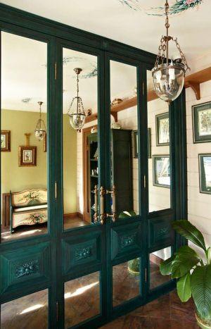 Распашные двери филенкой и декоративными накладками Химки