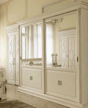 Шкаф купе с филенкой и декоративной накладкой эмаль Химки